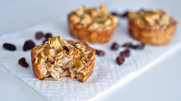 Apple Oatmeal Mini-Muffins - delicious healthy muffins